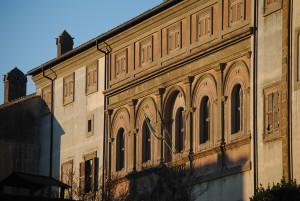 Oriolo Romano, Palazzo Altieri (biblioteca)